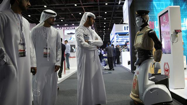 El primer 'Robocop' ya es realidad y acompaña a la Policía de Dubái