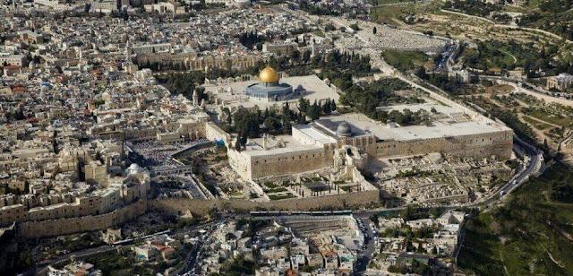 Mengenal Muadzin Masjid al-Aqsha yang Melanjutkan Tradisi Keluarga selama 500 Tahun