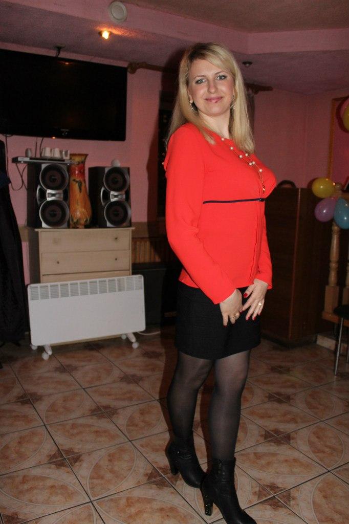 Fashion Tights Skirt Dress Heels My Friend Anita