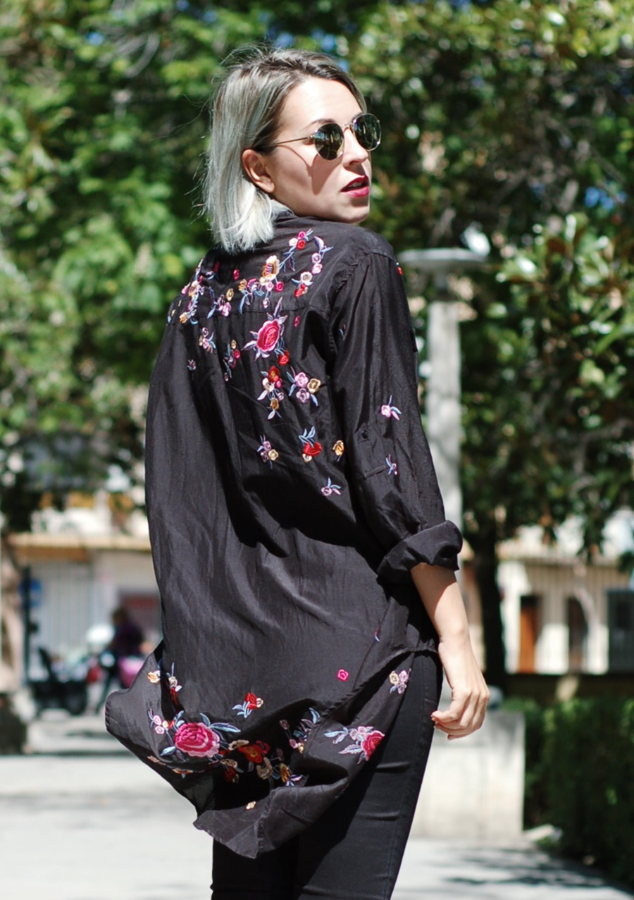 embroidered black shirt Zara, Cheapass sunnies, Granny shoes Pimkie, littledreamsbyr