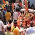 नवनिर्मित शिव मंदिर में ज्योतिर्लिंग स्थापना के मौके पर निकाली मूर्तियों की शोभायात्रा