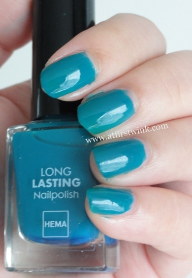 HEMA nail polish #840 Dark Blue