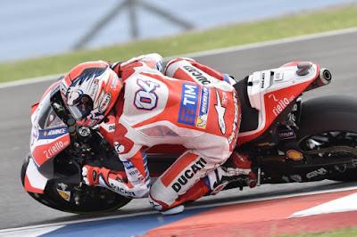 Sadar Sulit Menang, Dovi Ngeluh Marquez dan Rossi Terlalu cepat
