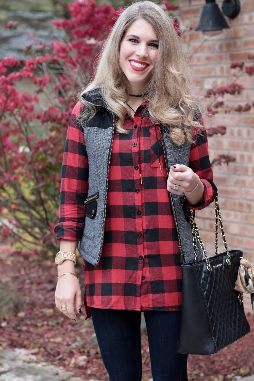 buffalo plaid, houndstooth vest, tweed puffer vest, dark skinny jeans, greg michaels tote, black booties
