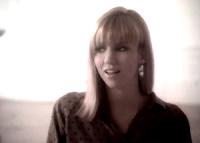 videos-musicales-de-los-80-debbie-gibson-lost-in-your-eyes
