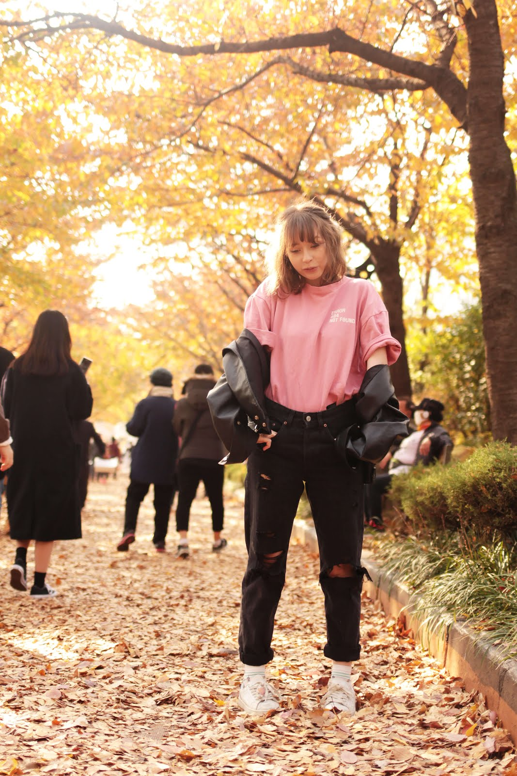 cute autumn outfit shoot inspiration
