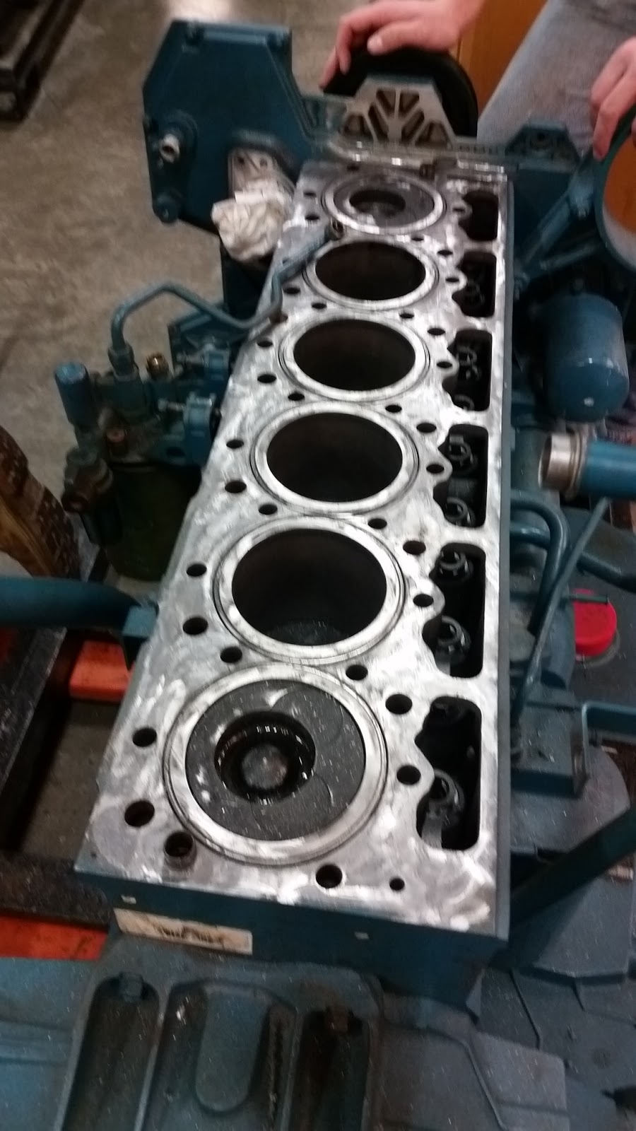 Erik Miehrig's Auto/Diesel Blog: DT466E and the Old Fashioned Service  Manuals