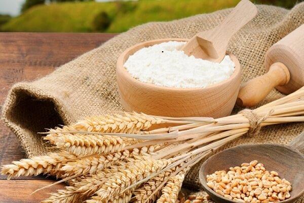 Cách làm trắng da bằng dưa leo với bột mỳ