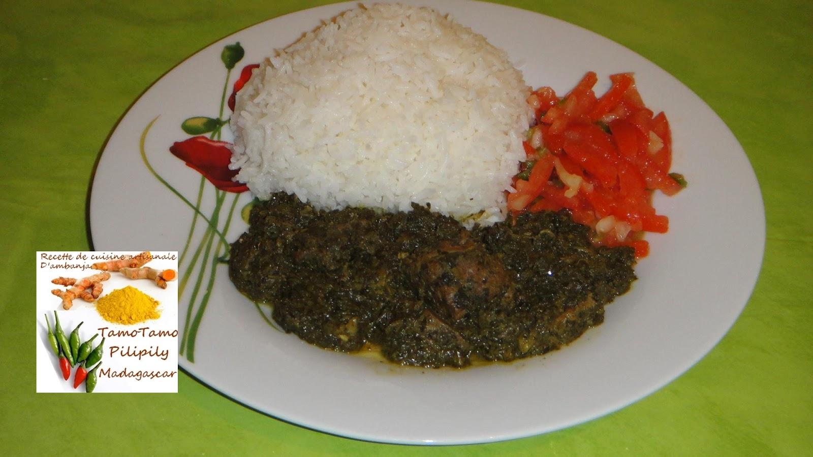 Cuisine artisanale d 39 ambanja madagascar les feuilles de manioc avec de la viande de b uf au - Feuille de cuisine ...