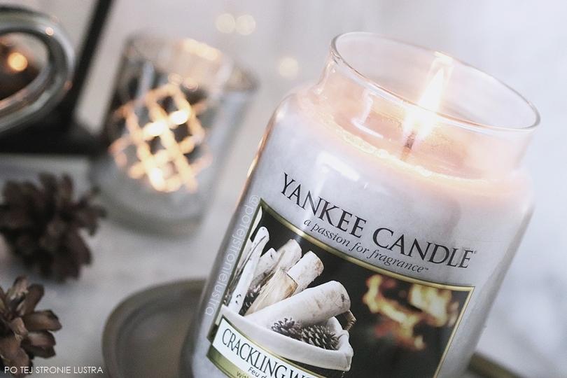 świeca zapachowa yankee candle crackling wood fire