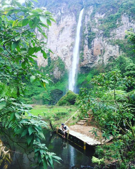 Curug Ngebul Cianjur, Destinasi Wisata Alam Penuh Perjuangan dan Miliki Keindahan yang Mempesona