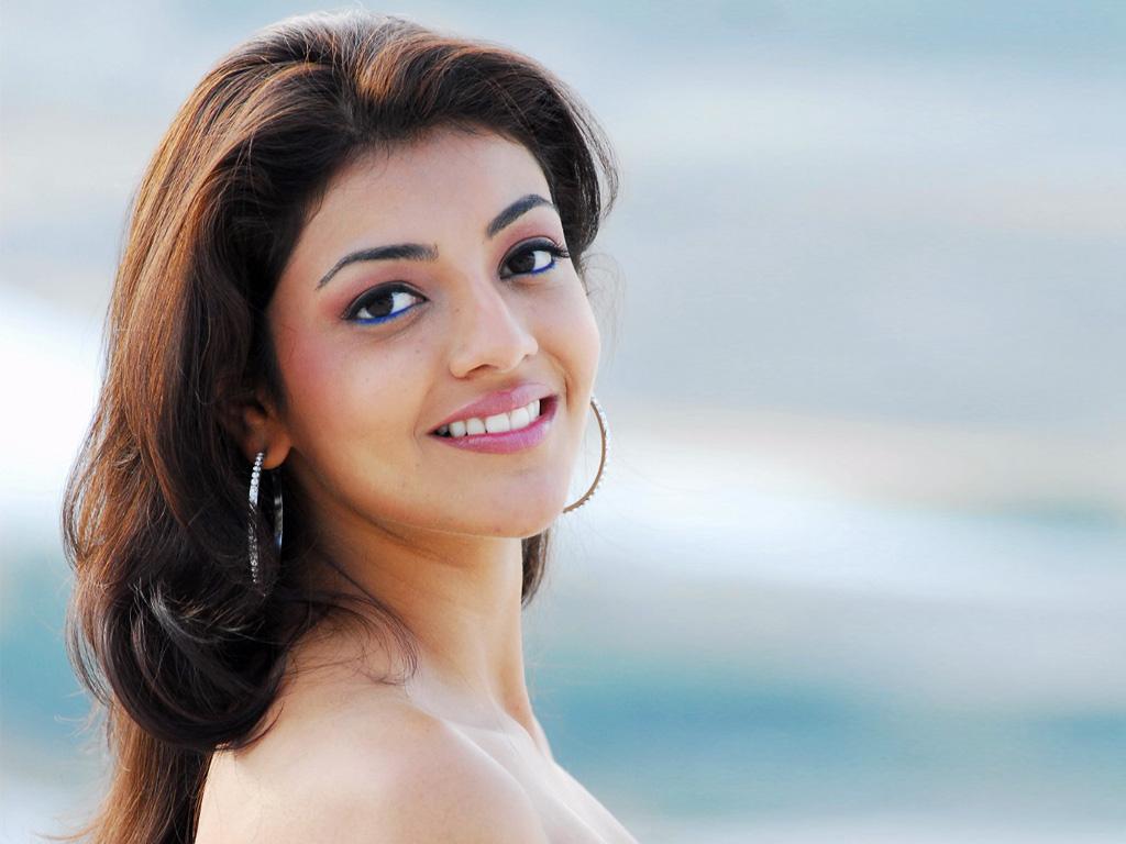 Actress Wallpapers Download Free: Actor,Actress Portraits, Download Actress Pics: Kajal