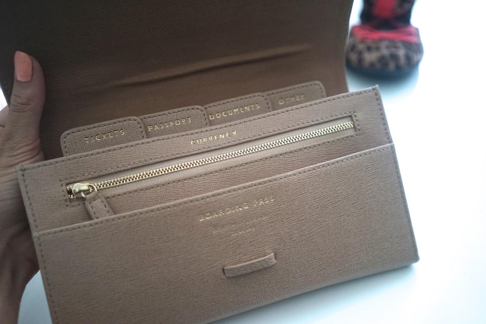 Aspinal travel wallet