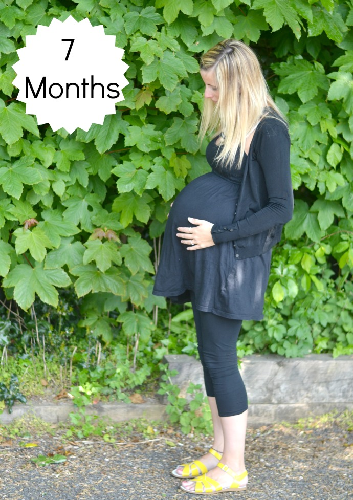 32 weeks pregnant, 7 months pregnant, fourth baby, big bump
