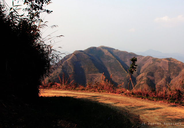 the-way-to-longwa-village-mon-nagaland