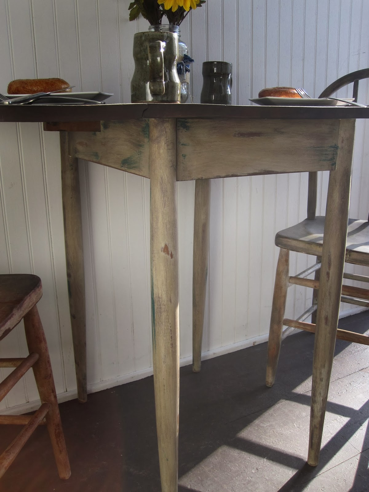 Chubby Junk: Two Person Dining Set/Dining Table and Chairs