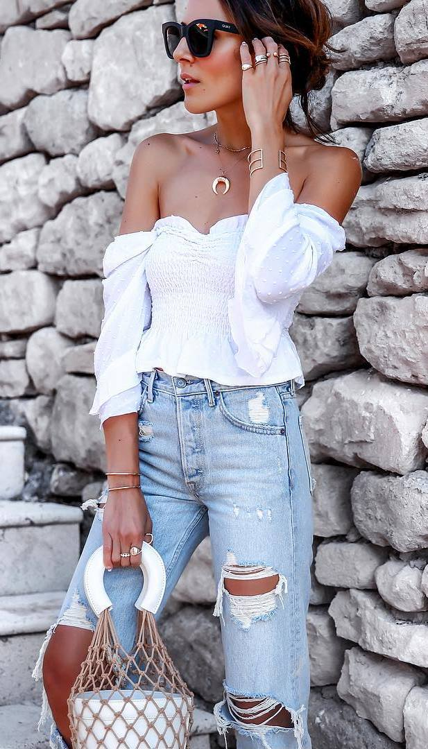 summer fashion trends / white off shoulder top + bag + ripped jeans
