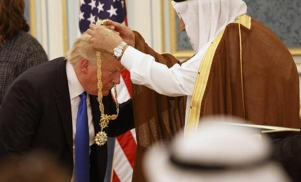 Muitos não percebem, mas os EUA e a Arábia Saudita tem um relacionamento muito especial.