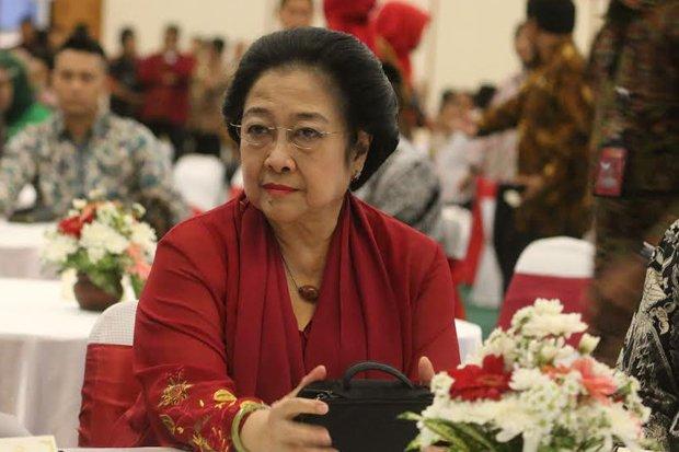 Gempa, Politisi PDIP Kocar-kacir, Megawati Cuek