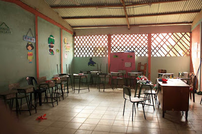 Escuela de Tortuguero