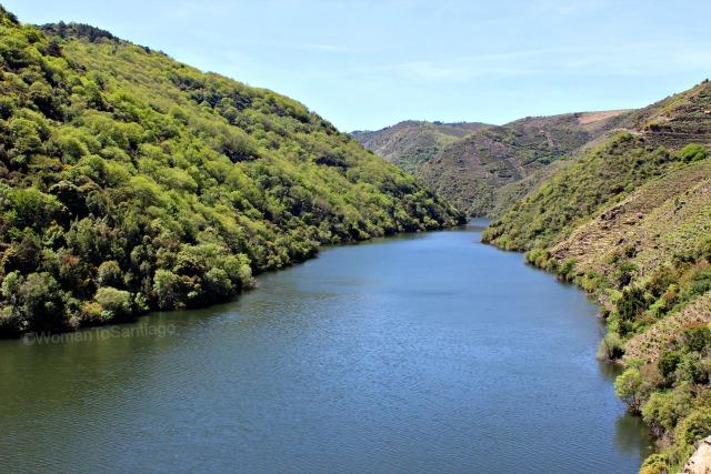 ribeira-sacra-camino-de-invierno-rio-sil-womantosantiago