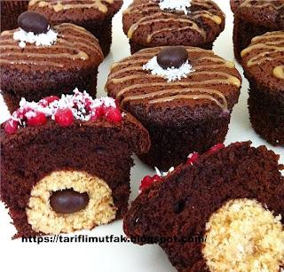 Hindistan Cevizi Dolgulu Kakaolu Kek