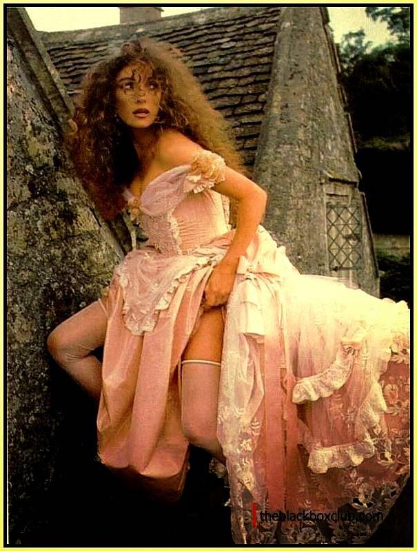 Jane Seymour Nude Photo 45