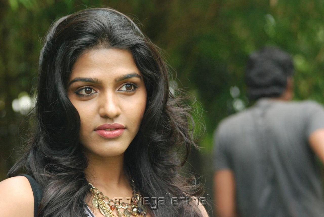 Actor Hd Wallpapers Group With 55 Items: Quotes With Tamil Actress. QuotesGram