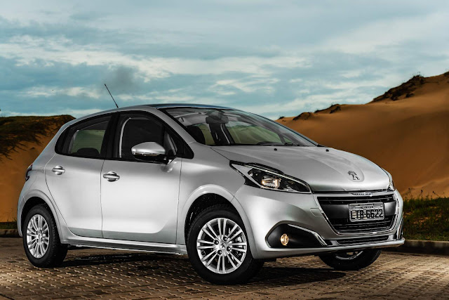 Novo Peugeot 208 - aluguel