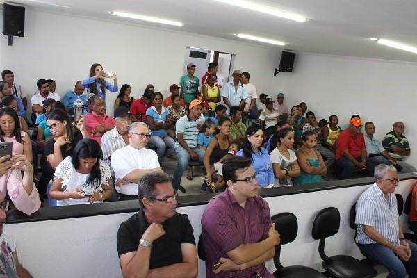 Programa Conhecer para Crescer entrega a vereadores  diagnóstico socioeconômico do Bairro Ponto Chique em Delmiro Gouveia