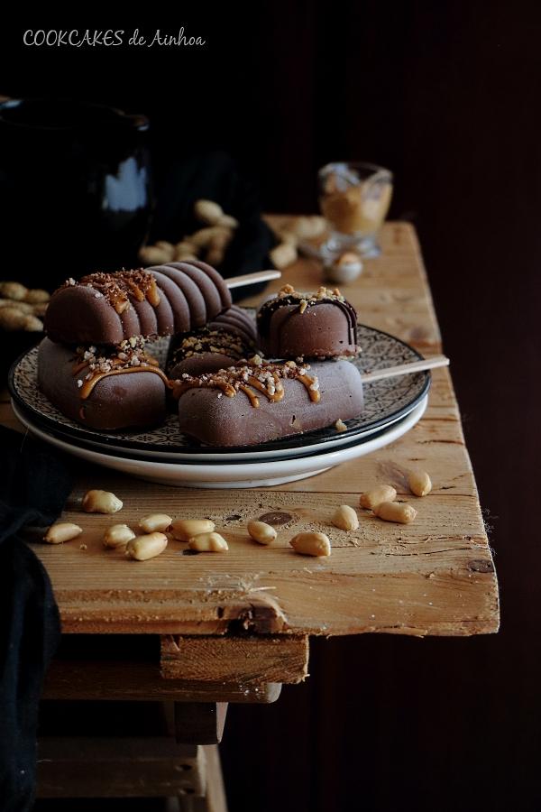 Polos de Chocolate y Crema de Cacahuete - Cookcakes de Ainhoa