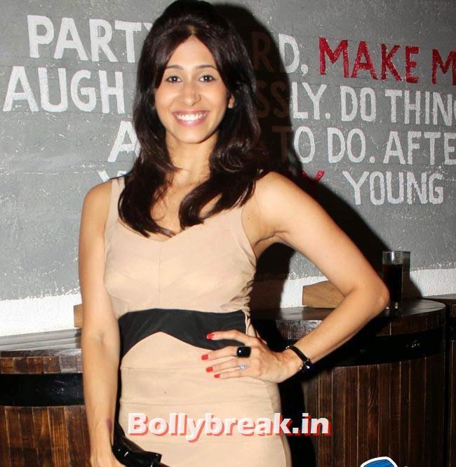 Kishwer Merchant, Hot babes at BCL Team Dilli Fukrey Party