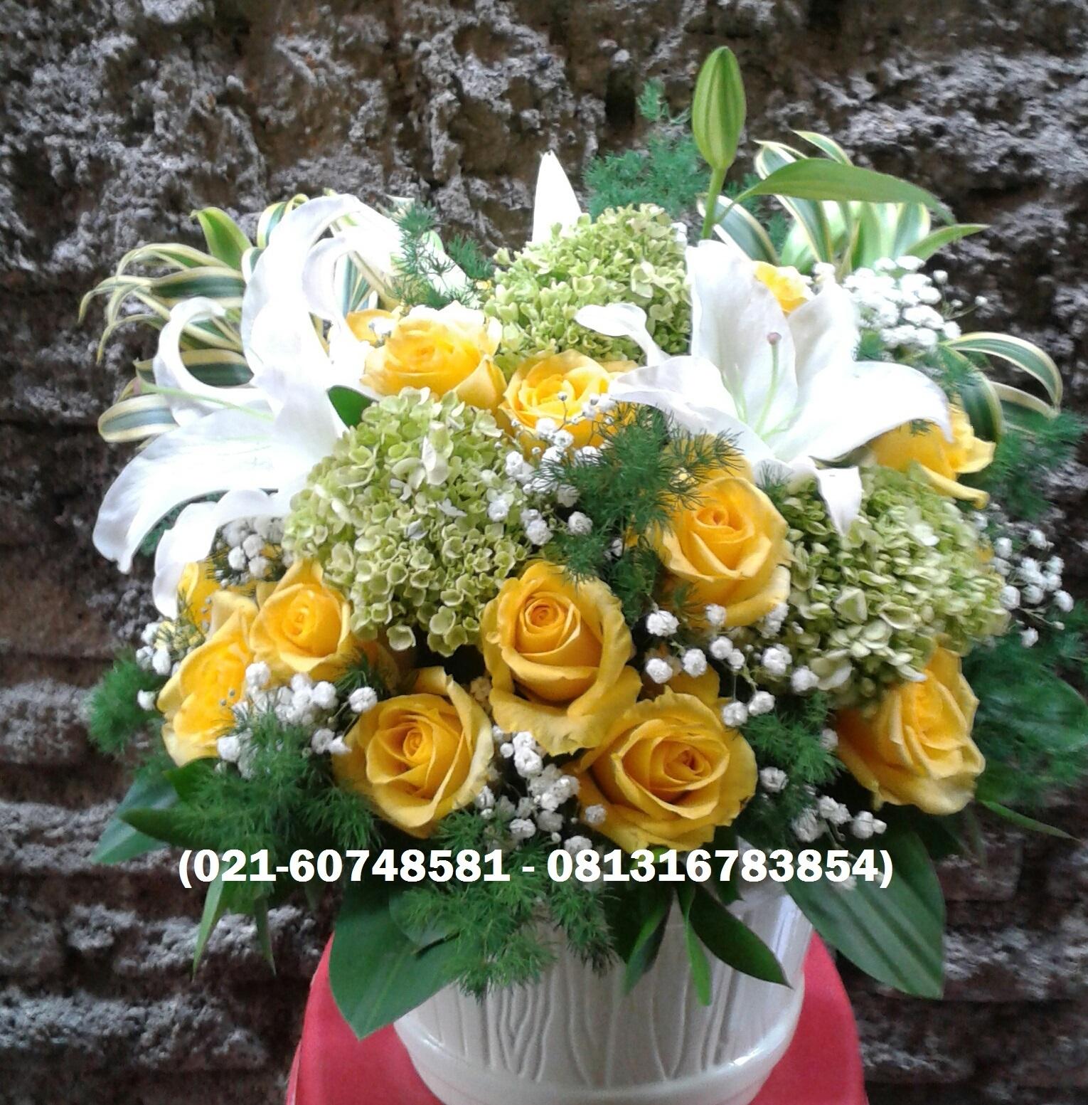 Rusty Florist Jakarta Online Flower Shop Rangkaian Bunga Meja Makan