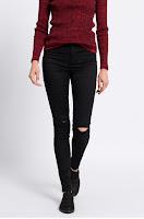 Pantaloni • Vero Moda