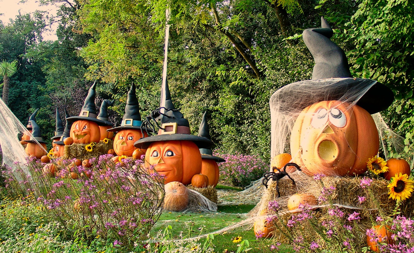 Halloween in Lake Garda's Gardaland.
