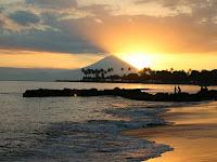 Pesona Pantai Senggigi Lombok