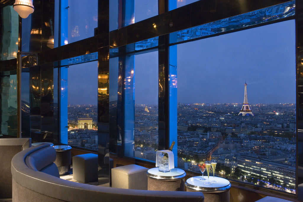 panoramic bar in paris