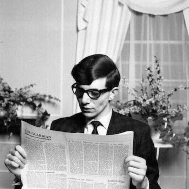 Bilder eines jungen Stephen Hawking auf dem College im Mai 1963