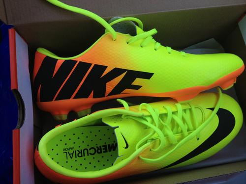 zapatos de futbol rapido para mujeres