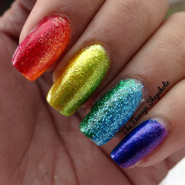 Diva' Diary 31 Days Of Nail Art Challenge - Day 17 Glitter