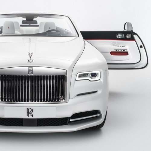 Tinuku House of Rolls-Royce announced design collection Spring-Summer 2017 fashion inspired