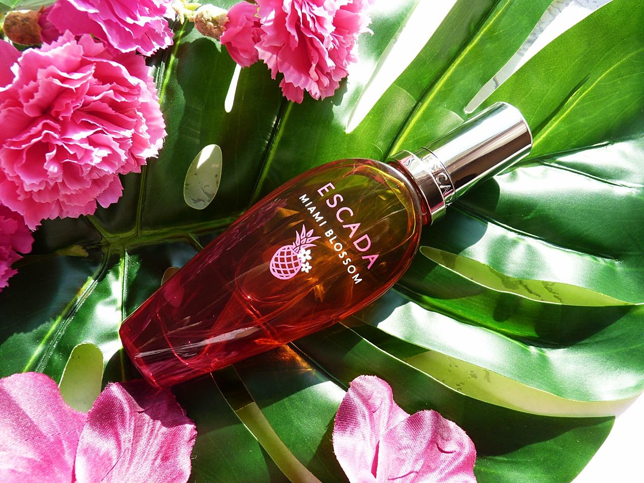 perfumy owocowo - kwiatowe
