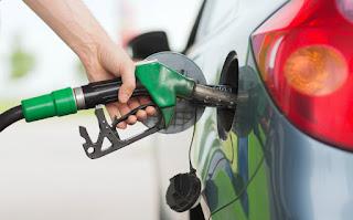 Harga Petrol Naik 3 dan 2 Sen Mulai Esok,Diesel Turun 3 Sen