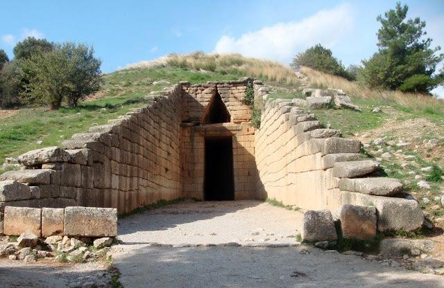 Treasury of Atreus at Mycenae. Photo by Greeker than the Greeks