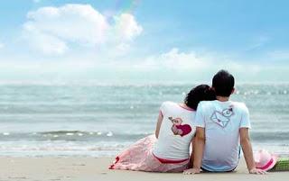 Puisi Romantis Abis Yang Menggugah Hati Pasangan