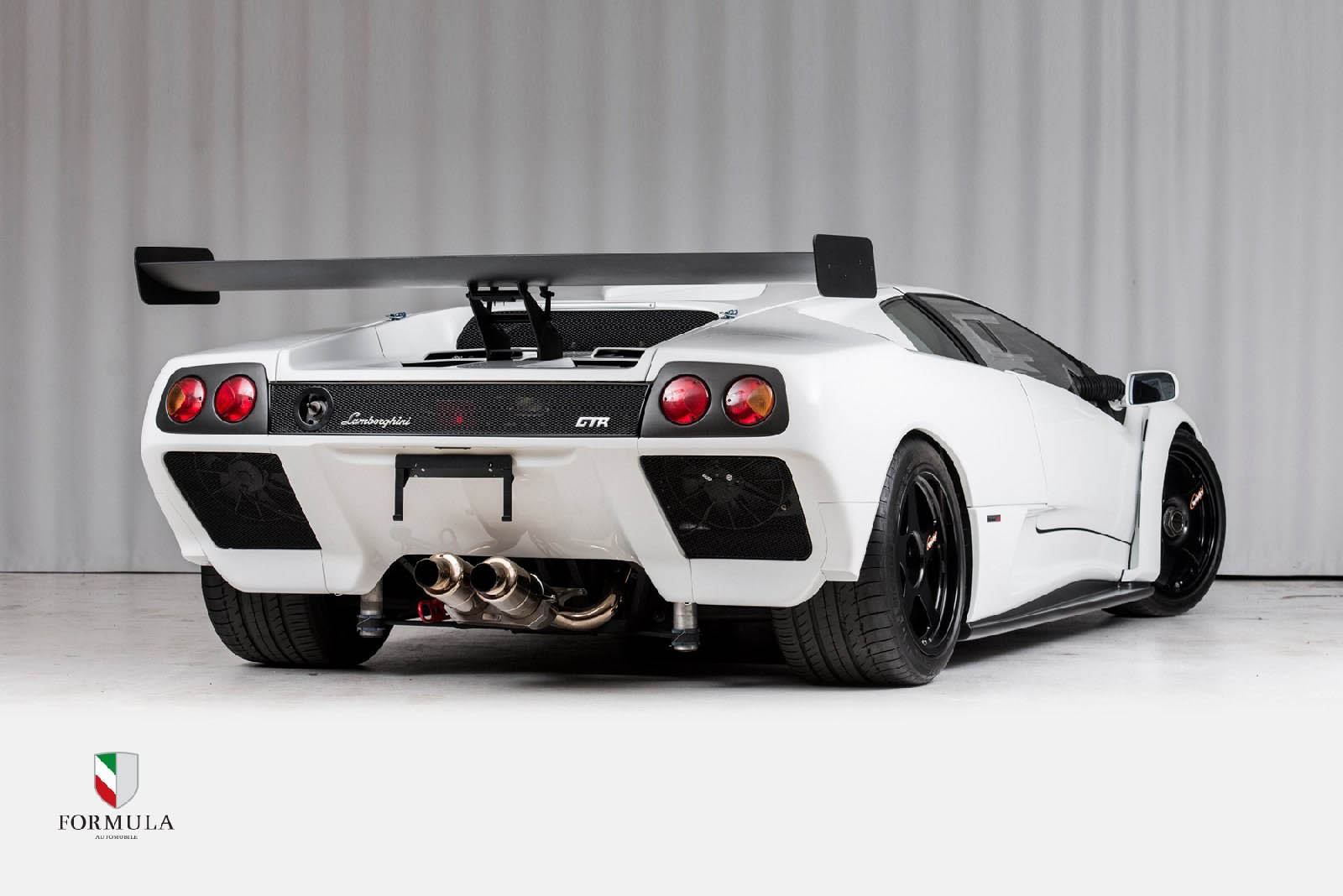 This Lamborghini Diablo Gtr Is The Devil S Own Track Toy