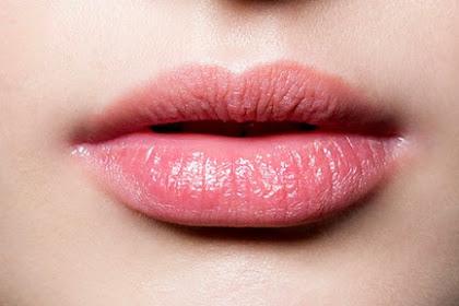 9 Cara Mengatasi Bibir kering