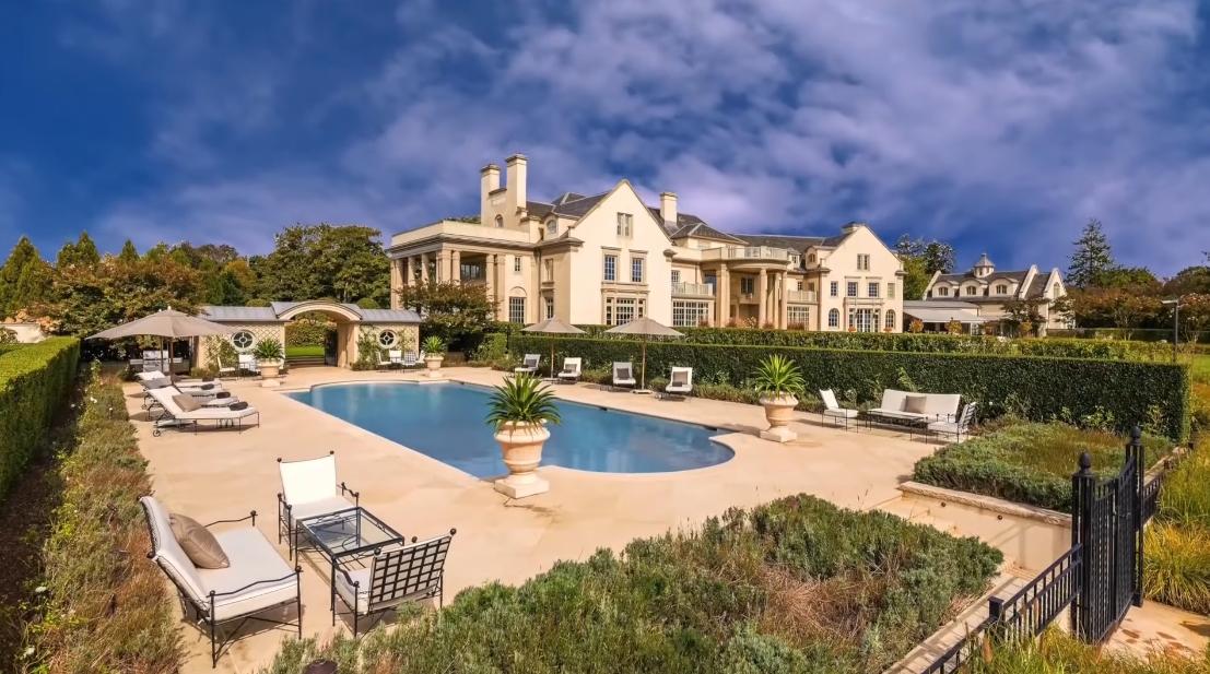 Tour Villa Maria Hamptons Luxury Mega Mansion vs. 17 Interior Design Photos