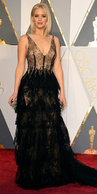 jennifer lawrence oscar winning pictures/images /photos