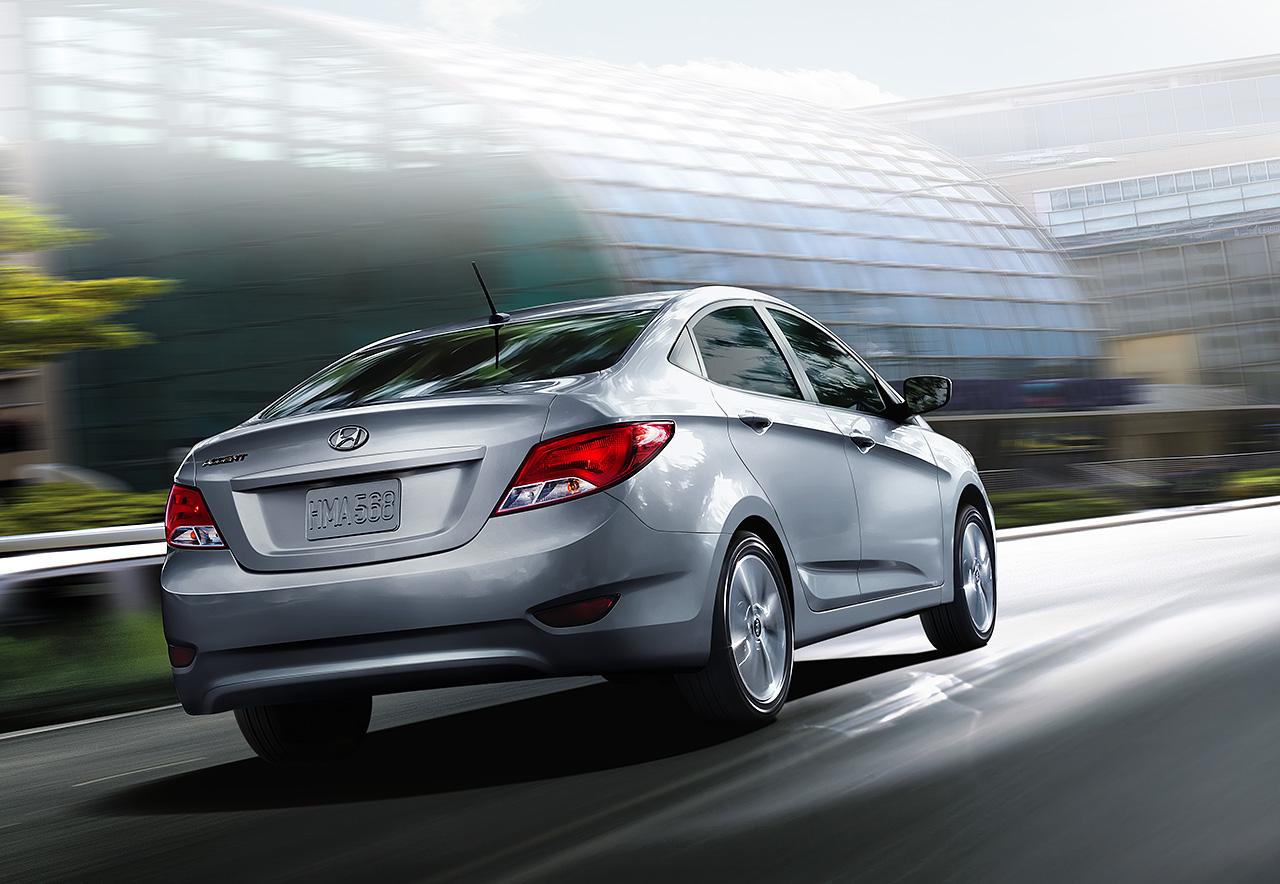 Khả năng chống ồn và giảm xóc của Hyundai Accent 2016 là một điểm trừ